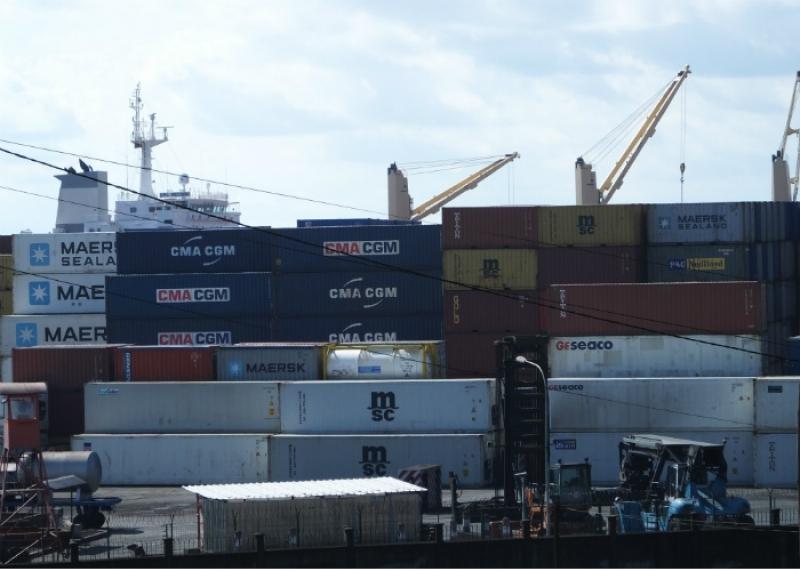 2500 tonnes de coton ont t r duites en cendres par un - Site internet du port autonome de douala ...