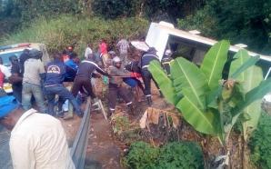 Ouest : un accident fait une vingtaine de morts à…