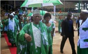 Ni John Fru Ndi ne serait pas candidat aux élections…