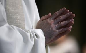 Etats Unis : 300 prêtres sont accusés de pédophilie