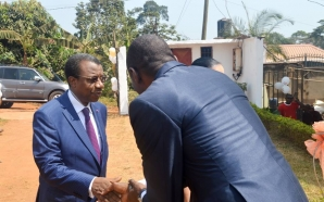 Charles Ndongo s'indigne après l'agression de la correspondante de la…