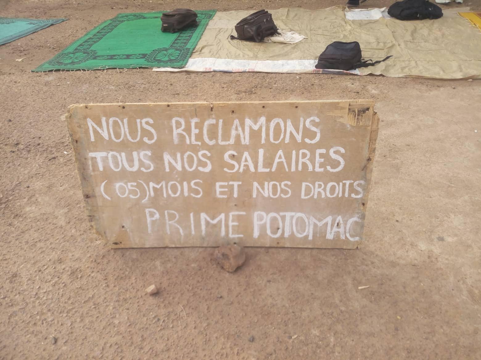 Garoua : sit-in des employés de Prime Potomac devant les…