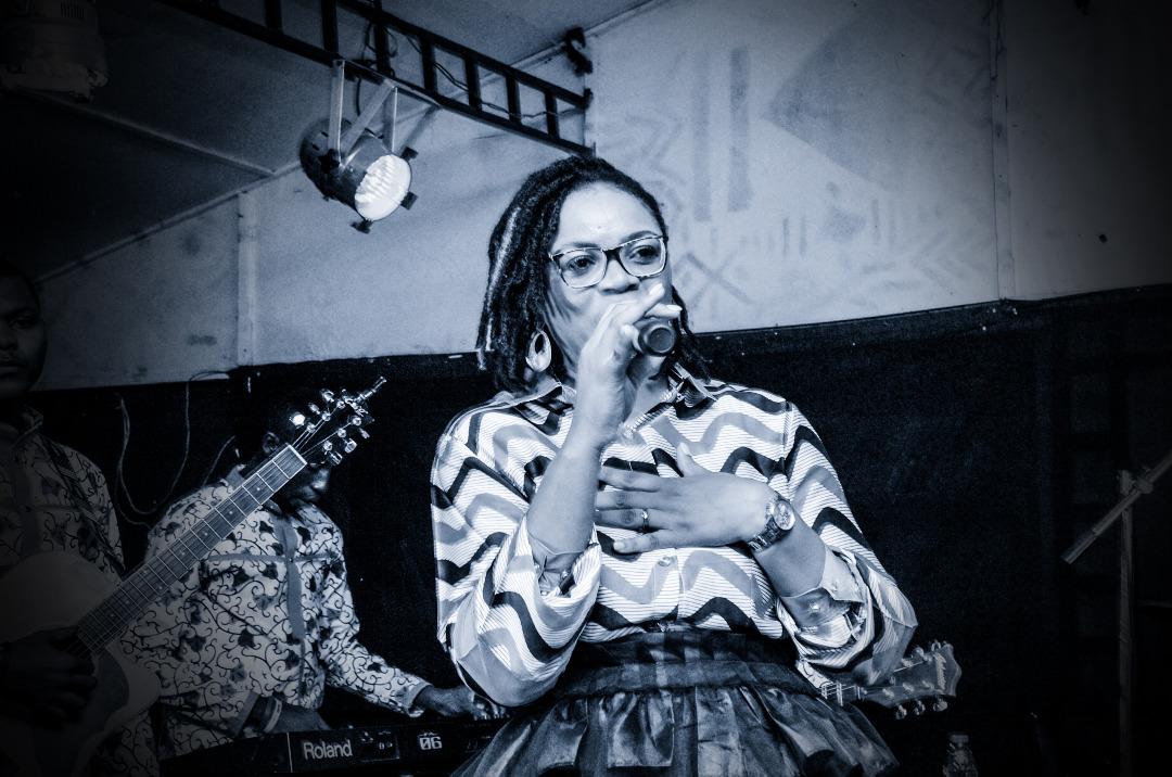 Christiane Moukory nous présente son premier album ''E Ndolo'' !