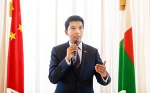 Le président malgache, Andry Rajoelina annonce des essais d'injections à…